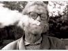 1986-Mann-mit-zigarette